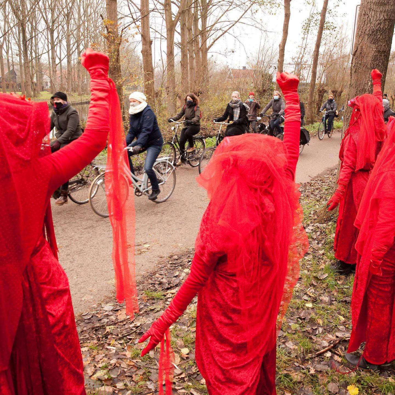 2.000 mensen op de fiets voor de bomen en de lucht!
