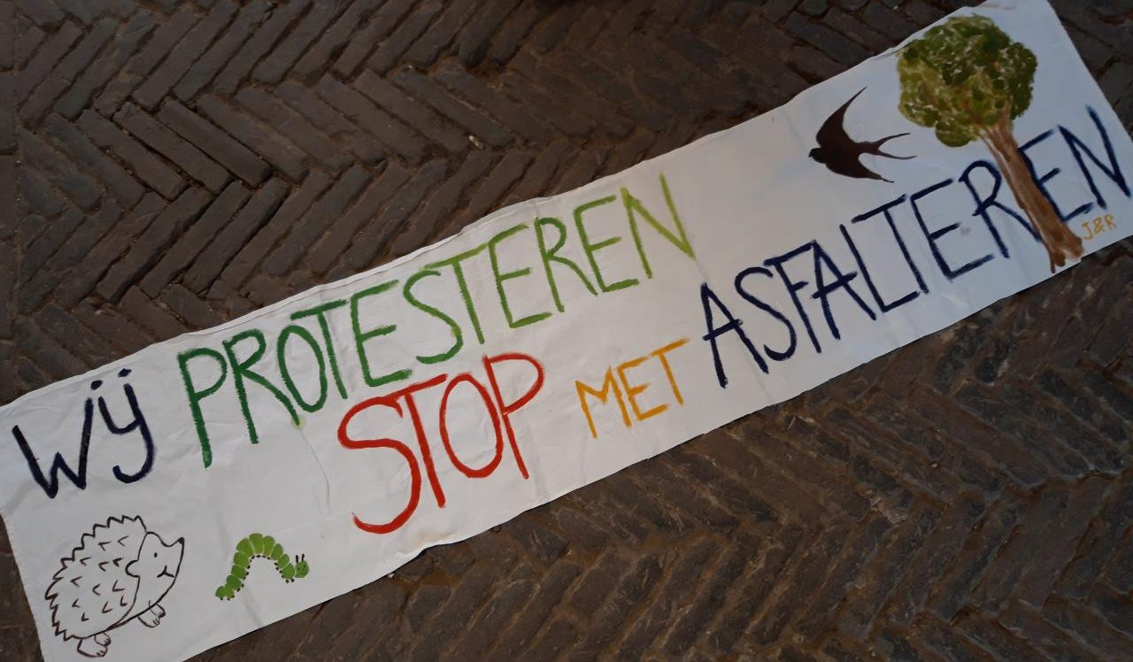 PERSBERICHT: Actiegroep hangt protestlint doorAmelisweerd